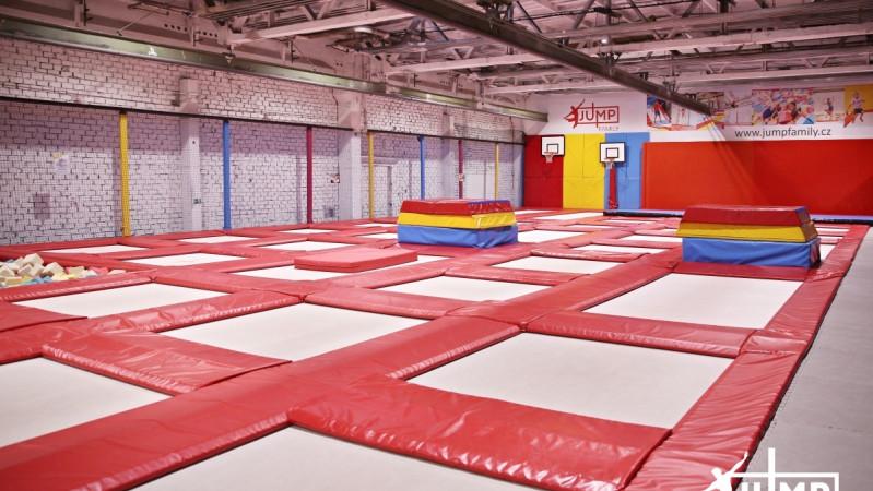 Free-jump aréna