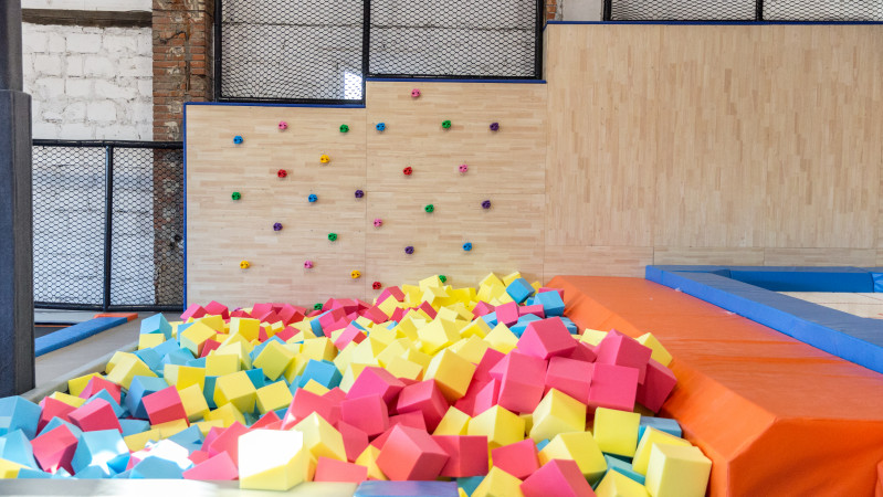 PARKOUR WALL